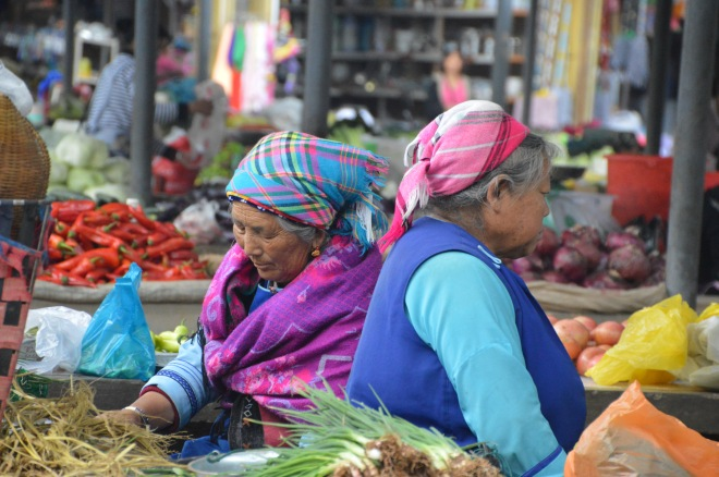 Bai women at the market.