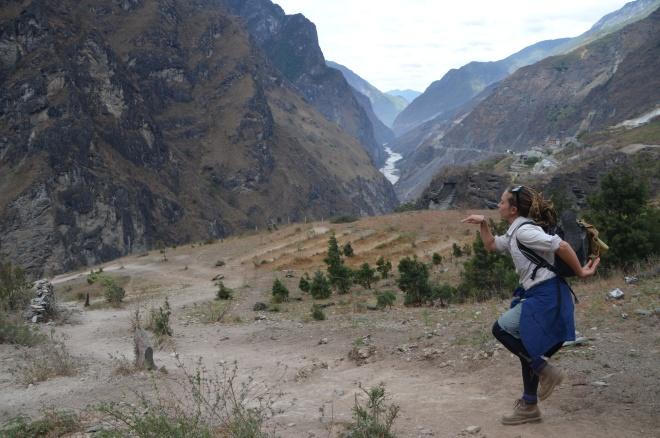 Bok bok at Tiger Leaping Gorge.